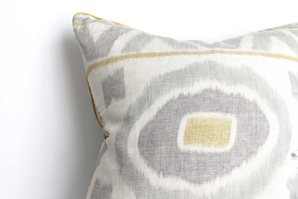 How to clean throw pillows