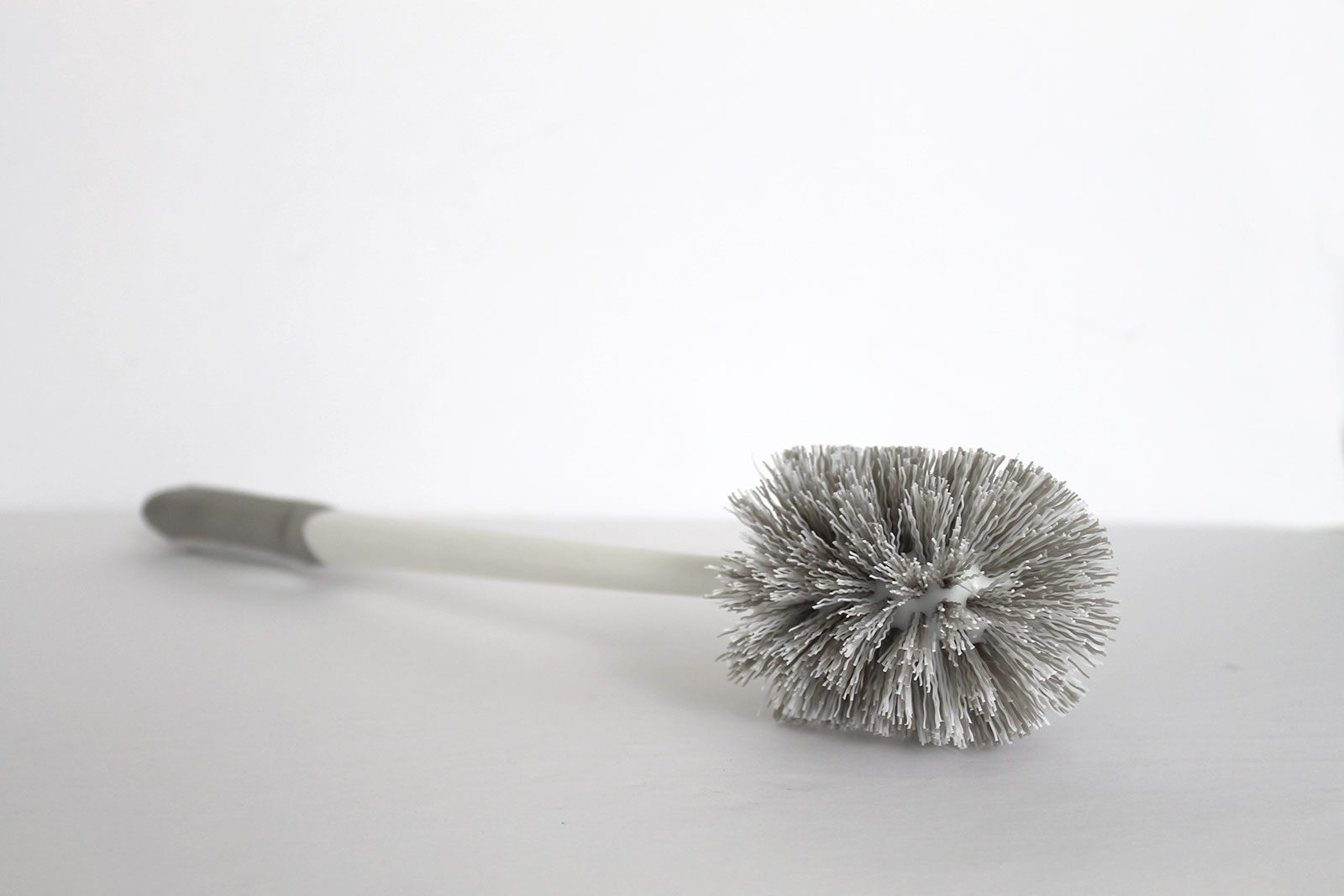5 Best toilet brush options and best toilet brush holders for every cleaning job!
