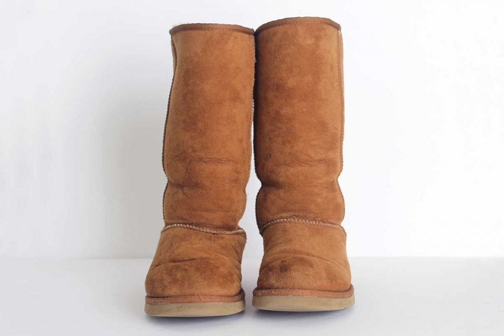 How to clean sheepskin boots and slippers