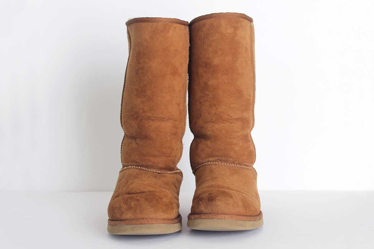 how to clean sheepskin boots