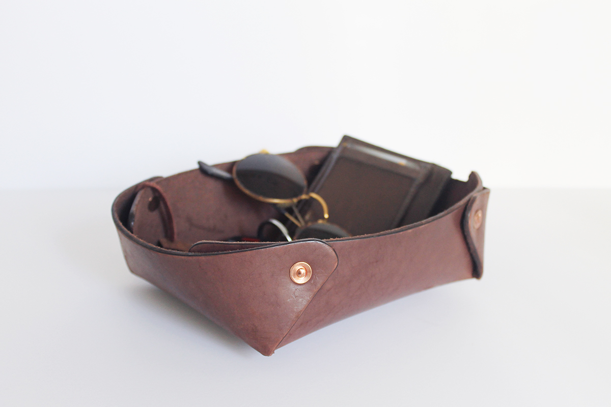 Alta Andina Leather Catchall